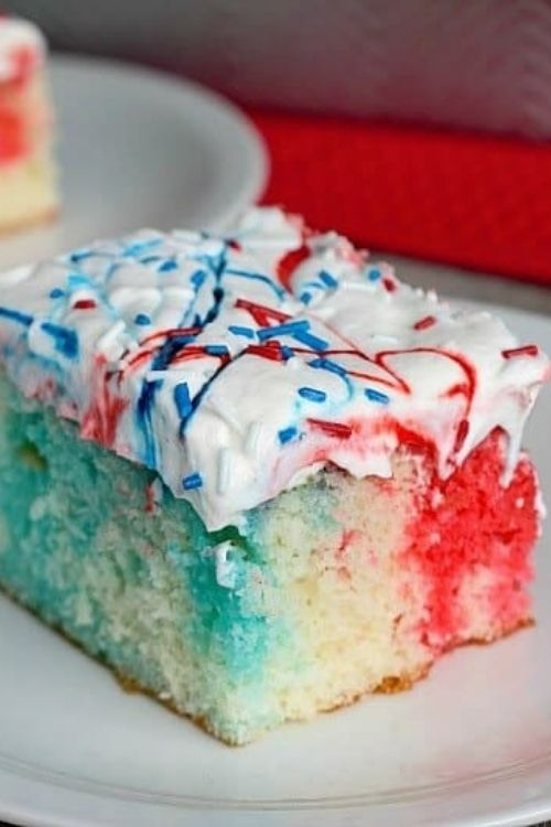 4th of July Desserts Red, White & Blue Patriotic Poke Cake