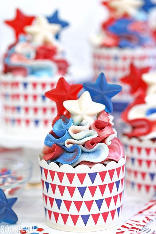 4th of July Desserts Red, White and Blue Cupcakes