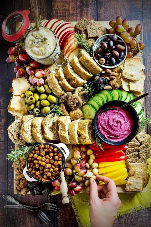 How to Build a Vegan Charcuterie Board